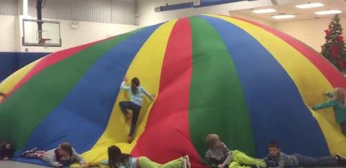 parachute pe activity