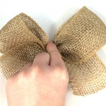 Simple Burlap Bow