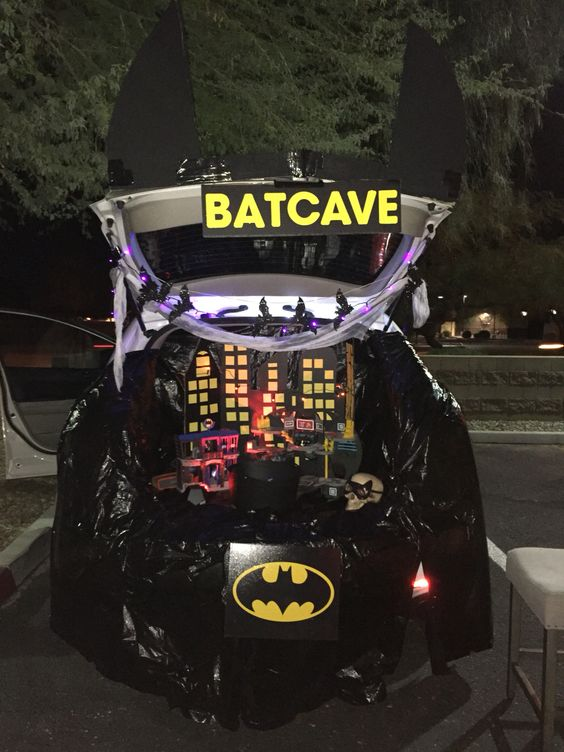 batman trunk or treat