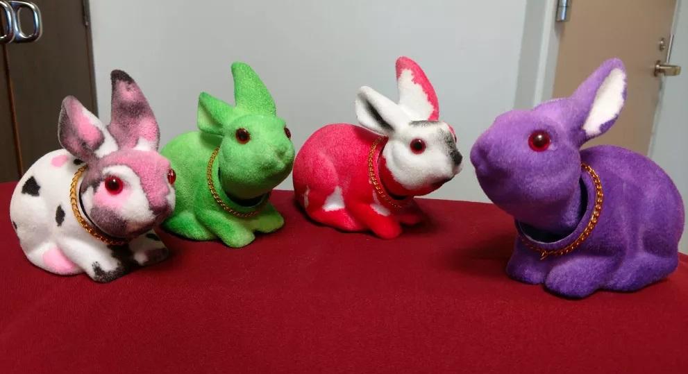bobble head bunnies