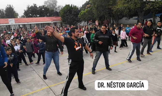featured pe teacher nestor garcia