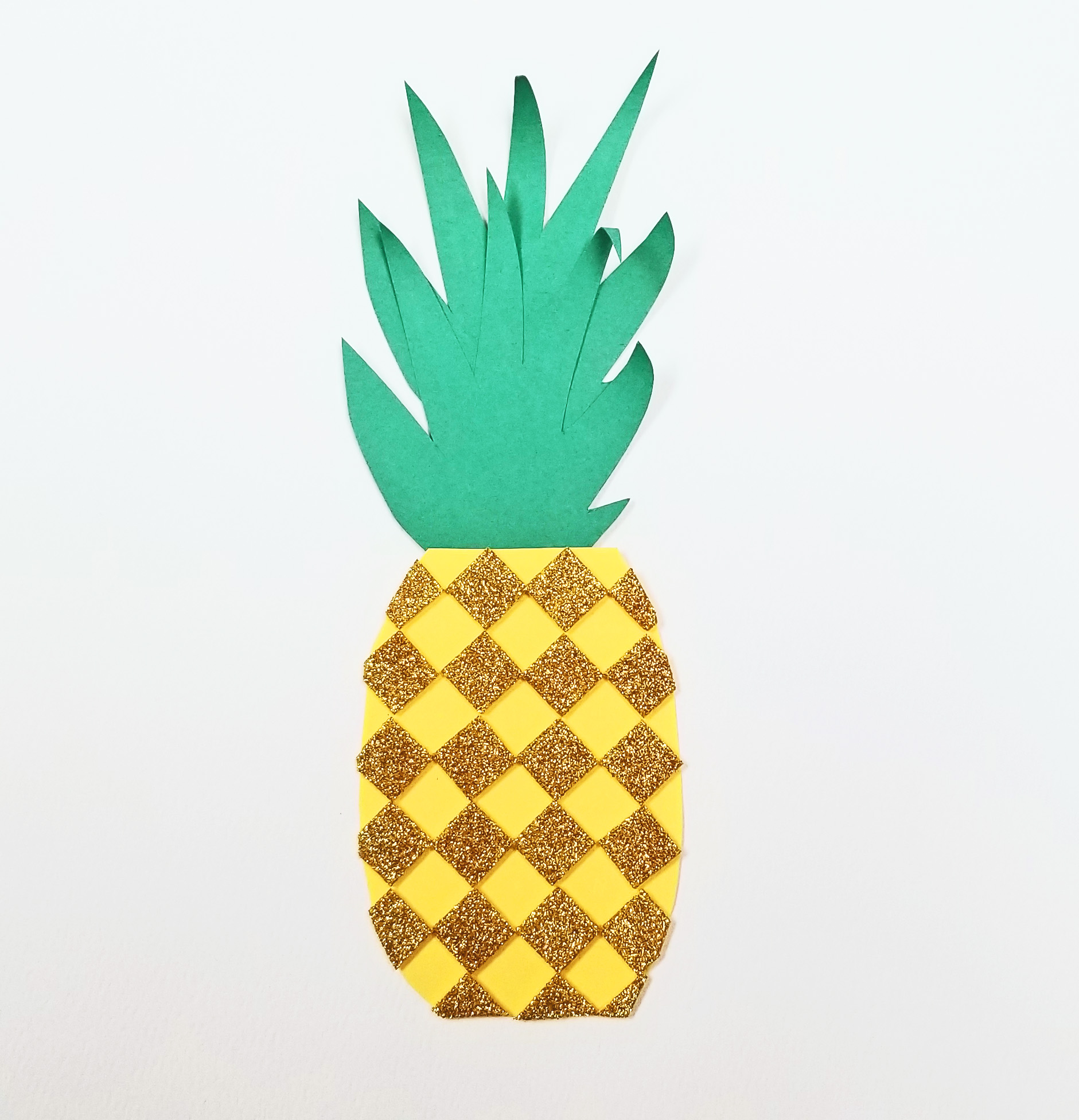 paper pineapple craft