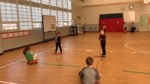 partner pull jump rope PE