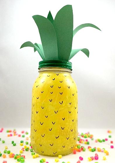 Pineapple mason jar decoration