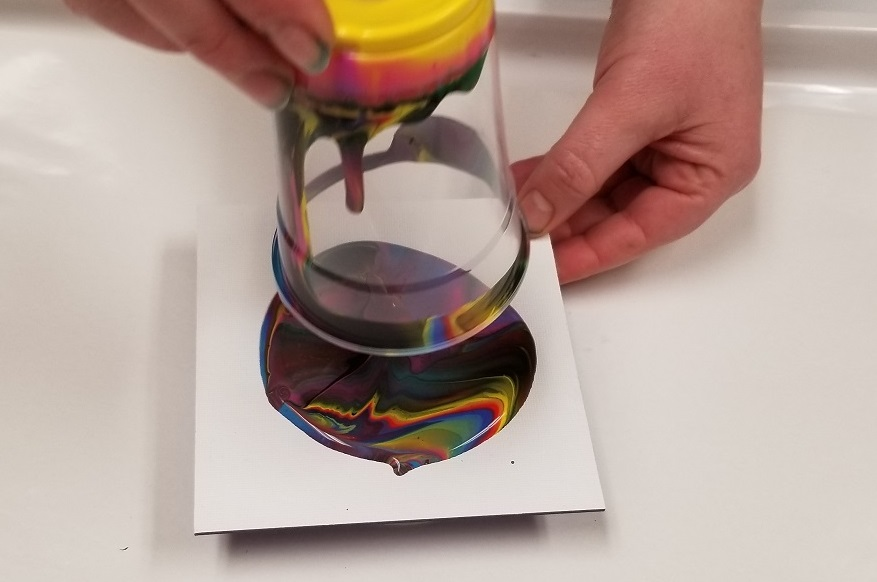 tempera paint pouring
